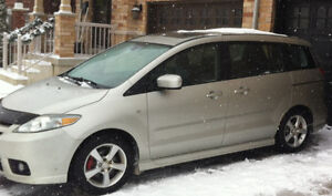2006 Mazda 5, Wagon, 6 passenger, Sunroof, Power options