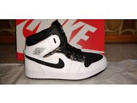 Nike Air Jordan 1 Mid Alternate Think 16 - UK 8.5 - NEW - BOXED