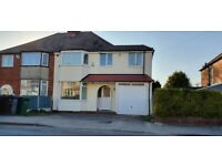 Large 4 Bedroom Semi-Detached House to Let in Shirley