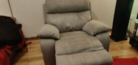 Single sofa manual recliner (fabric)