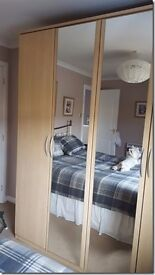 LARGE 4 DOOR WARDROBE, EXCELLENT CONDITION COST £900 PICK UP ONLY