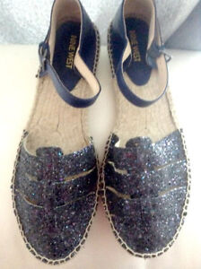 BRAND NEW NINE WEST SHOES IN WOMENS SIZE 10