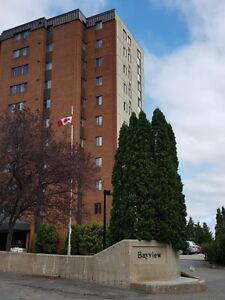 BEAUTIFUL-3BDRM CONDO-SOUTH END ON THE LAKE