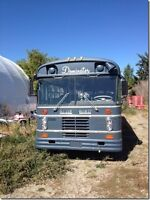 1976 BLUE BIRD BUS PRICE DROP FROM $7500 TO $4500 FOR SHORT TIME