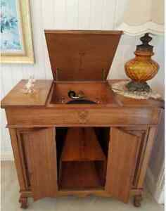 Classic Antique - Grammaphone & Cabinet Circa 1920s Auchenflower Brisbane North West Preview