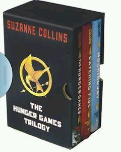 Hunger-Games-NEW-COMPLETE-Trilogy-Hardcover-by-Suzanne-Collins-no-box