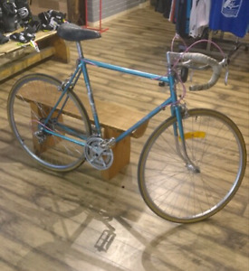 """vintage"" Sakine 12 speed road bike. *made in Canada*"