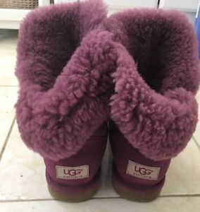 women authentic ugg boots - pretty nice color