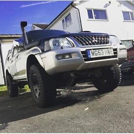 Mitsubishi l200 highly modified import quick sale may px