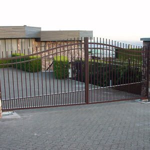 Welding experts are offering gate, fence and railing North Shore Greater Vancouver Area image 4