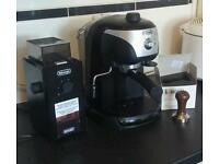 Delonghi espresso coffee machine, grinder and tamper