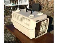 Pet Voyager 200 cat dog rabbit carry box. FREE local delivery.
