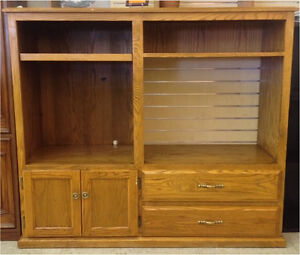 HFH ReStore EAST - TV Cabinet
