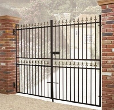 WROUGHT IRON METAL DOUBLE DRIVEWAY GATES Castle10ftx6ft