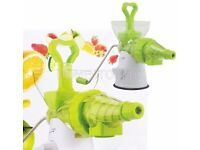 New La Vida Verde Plastic and Stainless Steel Multi Juicer