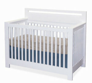 EEUC Espresso 3in1 Convertible Crib from West Coast Kids