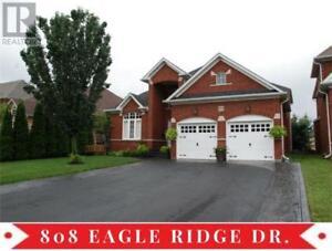 808 EAGLE RIDGE DR Oshawa, Ontario