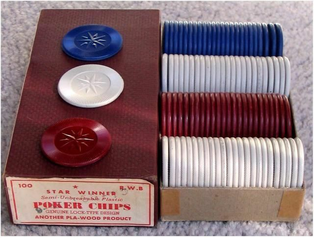 4 UNUSED OLD BOXES OF TEXAS HOLDEM POKER CHIPS  3 BOXES SHOWN  SEE DESCRIPTION