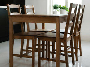 Table cusine et 4 chaise IKEA