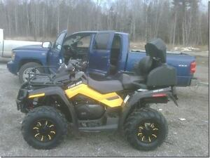 ATV Can-Am Outlander 800 XT