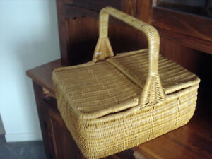 Wicker Bamboo Basket Sewing, Picnic or Storage