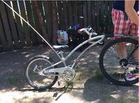 Girafe à vélo - Trail a bike