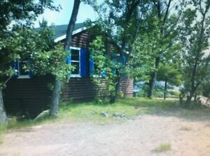 Waterfront cottage on Ottawa River (Deep River)