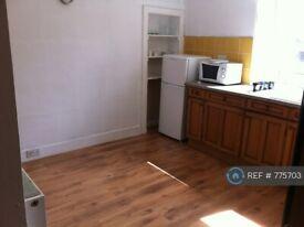 2 bedroom flat in Bedford Road, Aberdeen, AB24 (2 bed) (#775703)