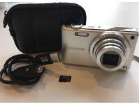 Samsung Digital Camera 16.1MP 10x Optical Zoom + 4GB Memory Card + Case + Cable