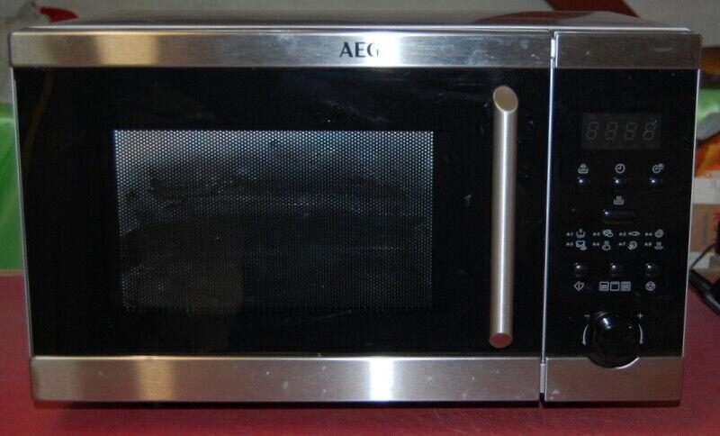 AEG Mikrowelle mit Grill MFD2025S-M Automatikprogramme Garen Grillen 800W