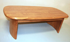 Excellent 3 Piece Oak Coffee & Side Table Set  SEE VIDEO Kitchener / Waterloo Kitchener Area image 1
