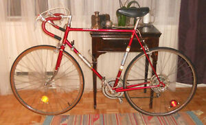 1970'S RED RALEIGH GRAND PRIX ENGLAND BIKE BICYCLE NORMANDY HUB