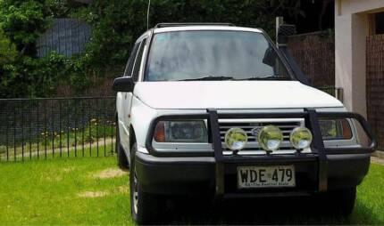 97 Vitara 5 door 1.6lt, fully recon long motor 135500km ago.