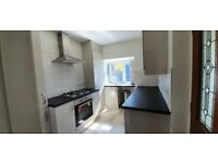 Brierley Hill, 3 bed house, 2 living rooms, D/glazing, central heating, newly painted & decorated