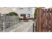 EXCELLENT 3 BED TERRACED HOUSE FOR SALE BACK AND FRONT GARDEN
