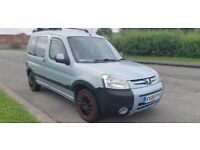 PEUGEOT PARTNER COMBI DAY VAN ( PROFESSIONALY CONVERTED) PX WELCOME