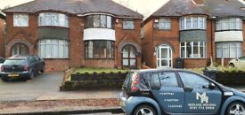 ROOM AVAILABLE TO MOVE IN IMMEDIATELY STECHFORD CLOSE TO RETAIL PARK ** LARGE GARDEN ** CALL NOW