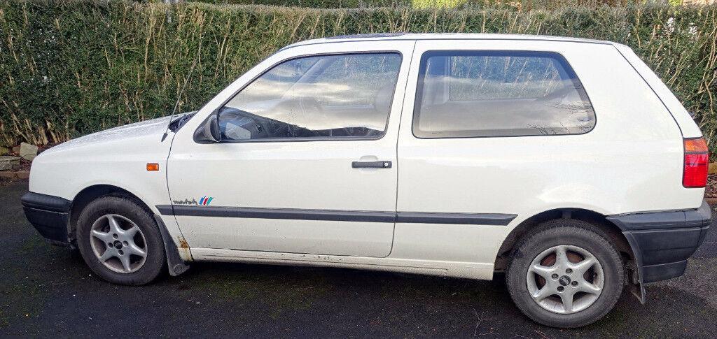 Classic 1994 M reg Mk3 Volkswagen Golf Match 1.4l petrol 3 door Hatchback White