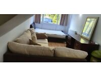 Large well furnished room to rent In Surbiton with own bathroom