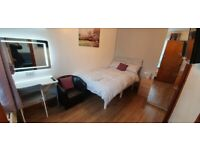 Bed rooms EN-SUITE BILLS INCLUDED available, near Oxford Rd, MRI, Univesity, city, transport, Garden