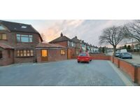 HARVARD ROAD*TWO BEDROOM HOUSE TO RENT*NEWLY REFURBISHED*OFF STREET PARKING*CALL NOW TO VIEW