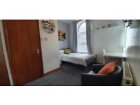 Bedrooms, bills included,walk to city centre, university, train station, all amenaties