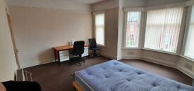 Bedrooms Bills Included, close to Uni,transport, city