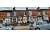 3BEDROOM HOUSE TO RENT**WINNIE ROAD**VERY CLOSE TO THE UNIVERSITY AND HOSPITAL**CALL NOW TO VIEW