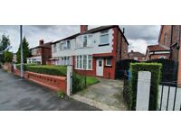 4 Bed student house, July 21, 2 toilets, Fallowfield, transport to Uni, city centre, 24hr bus stop.