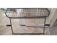 Fitted dog guard vauxhall astra