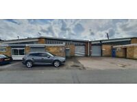 COMMERCIAL UNIT TO RENT *MIDDLEMORE INDUSTRIAL ESTATE** APPROX 3000 SQFT ** CALL NOW TO VIEW
