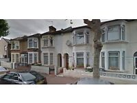 Beautiful and Spacious 3 Bed 2 Reception House in Eastham E6