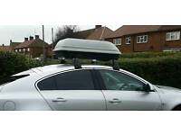 Vauxhall Insignia roof rack bars and box