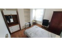 NICE DOUBLE ROOM OFF GREEN LANES - MANOR HOUSE.